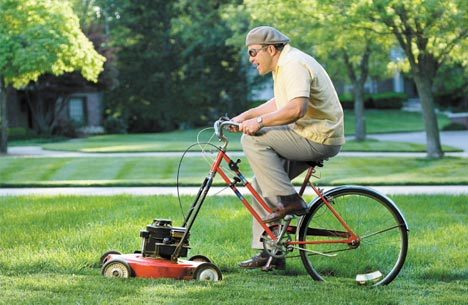 Blagounettes - Page 2 Guy-riding-bicycle-lawnmower